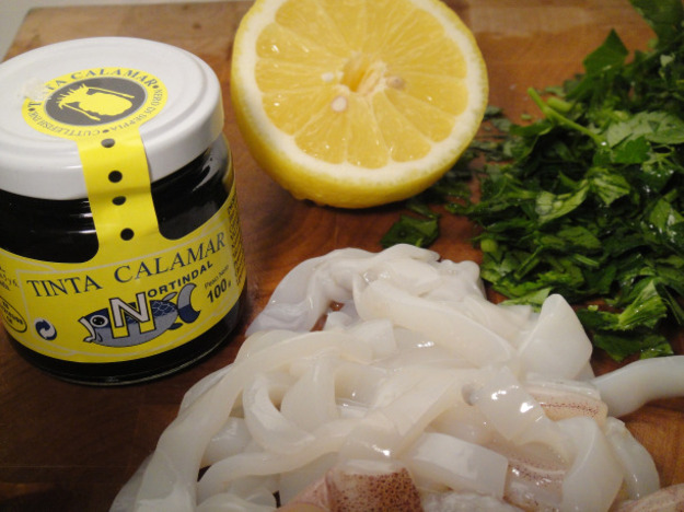 Linguine with Squid and Its Ink Recipe