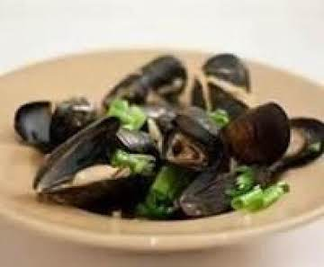 Mussels with Red Curry Garlic Broth & Basil Toast