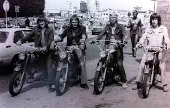 Photo: Brommer rijden v.l.n.r. Bé Martens, Roelof Schuiling, Otte Homan en Gerrit Bruins