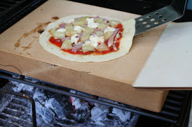 Flammkuchen Weber Holzkohlegrill : Pizza aus dem webergrill funktioniert das tatsächlich wer hats