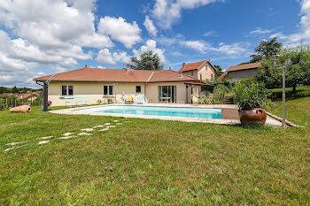 maison à La Bâtie-Montgascon (38)