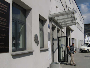 Photo: Oskar Schindlers ehemalige Fabrik. Heute ein Museum
