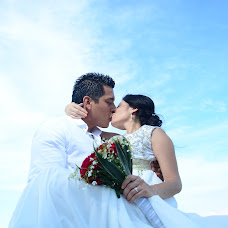 Wedding photographer Omar Sarmiento (sarmiento). Photo of 18.10.2016