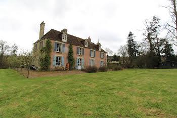 manoir à Thury-Harcourt (14)