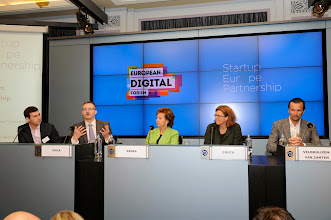 Photo: Mark Silverstein, head of product, tech, IP and policy at Spotify; Teemu Suila, chief operating officer of Rovio; Neelie Kroes, vice-president of the European Commission responsible for the digital agenda; Sherry Coutu, angel investor and non-executive director of the London Stock Exchange Group; and Boris Veldhuijzen van Zanten, founder and CEO of The Next Web and member of the Leaders Club