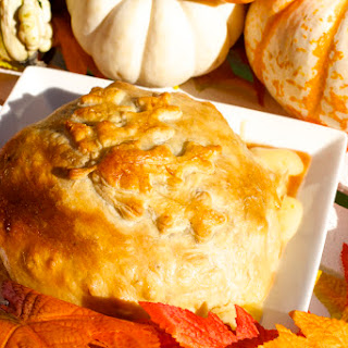 Baked Brie in Puff Pastry with Candied Pecans and Maple Syrup Recipe