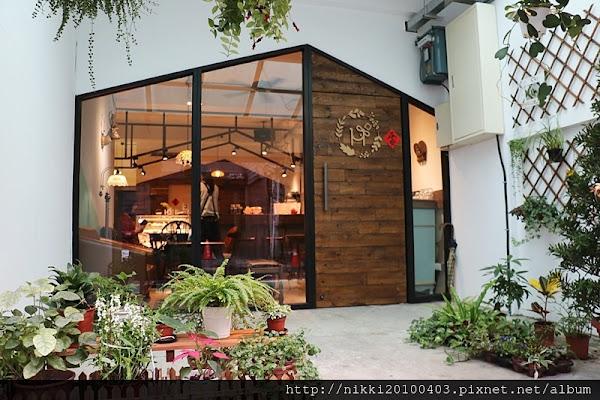 台北夢幻甜點、下午茶- hee hee 吉古吉古烘焙專門店,中吉公園櫻花咖啡館