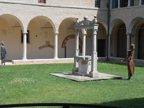 Photo: Courtyard of the monastery of the Basilica of San Francesco (the place with the flooded crypt). The monks played a big role in the story of the fate of Dante's body after he died.