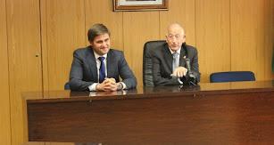 El alcalde, Gabriel Amat, junto al concejal de Empleo, José Juan Rodríguez.