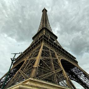 Eiffel by Roly Raseda - Buildings & Architecture Statues & Monuments ( paris )