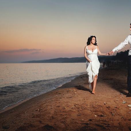 Wedding photographer Medin Achmizov (achmizov). Photo of 04.09.2017