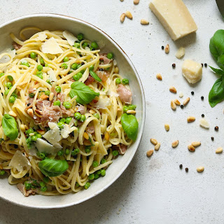 Linguine with Prosciutto, Peas and Lemon.