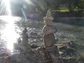 Photo: Neue Stoanamandl am Fluß