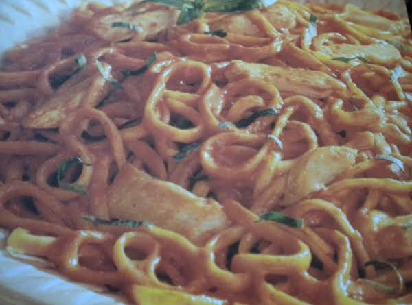 Chicken And Linguine In Creamy Tomato Sauce Recipe