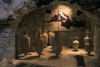 Photo: Dans les citernes romaines, les objets de cette époque retrouvés dans des épaves ou sur le site.
