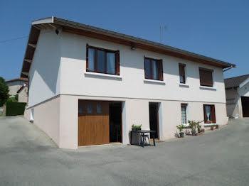 villa à Montrevel-en-Bresse (01)