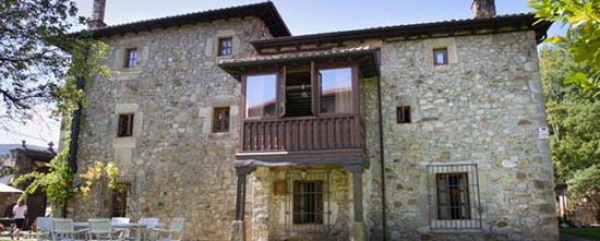 POSADA TORRE DE LA QUINTANA <br> Cantabria