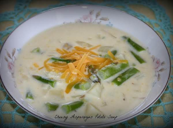 Cheesy Asparagus And Potato Soup