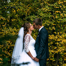 Wedding photographer Vitaliy Fesyuk (vfesiuk). Photo of 02.10.2016