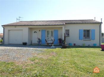 maison à Saint-Pompain (79)