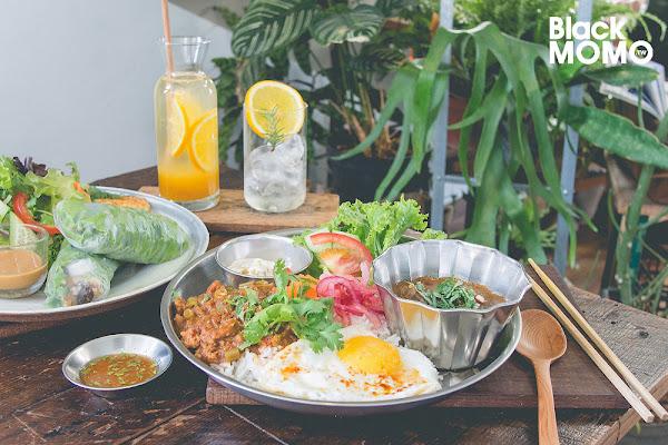 台南 裏葉‧從頹圮老屋長出來的植物系餐廳(北區)
