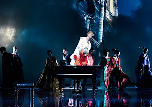 Photo: Wien/ Raimundtheater: MOZART - das Musical. Premiere 13.9.2015. Lucas MacGregor, Oedo Kuiper. Copyright: Barbara Zeininger