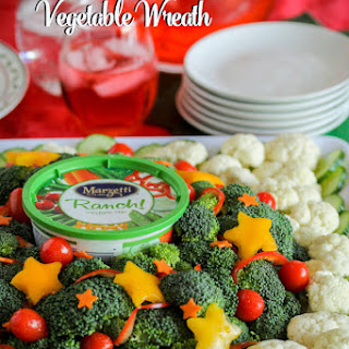 How to Create a Festive Vegetable Wreath