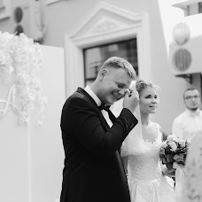 Wedding photographer Karina Gulickaya (KarishaG). Photo of 01.12.2017