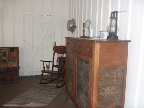 Photo: the other side of the room in Boyer Cottage