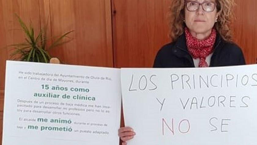 María en el Ayuntamiento en su protesta diaria.