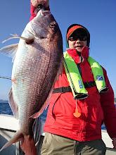 Photo: うわおーっ! ベッピン真鯛キャッチ! 4.5kgありましたー!