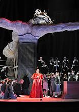 Photo: Theater an der Wien: MATHIS, DER MALER von Paul Hindemith. Premiere 12.12.2012, Inszenierung: Keith Warner. Kurt Streit. Foto: Barbara Zeininger.