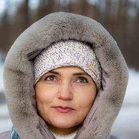 Lena by Vadim Malinovskiy - People Portraits of Women