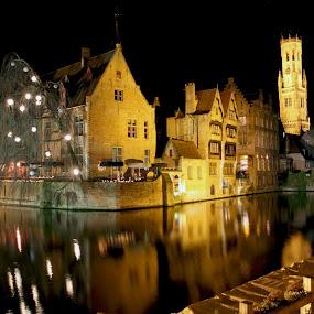 Brugge by Franky Vanlerberghe - City,  Street & Park  Night ( rozenhoedkaai, brugge,  )