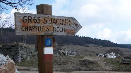 l-arche-de-la-vallee-chemin-de-saint-jacques-de-compostelle.jpg