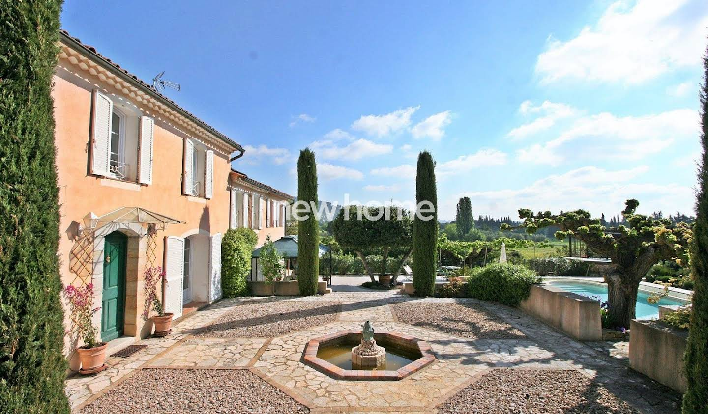 Property with pool Lorgues