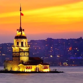 The Maiden's Tower by Arda Erlik - Buildings & Architecture Public & Historical ( sunset, bosphorus, istanbul, turkey, maidens tower )