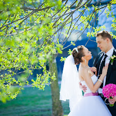 Wedding photographer Valentin Chernov (Valtron). Photo of 29.04.2014