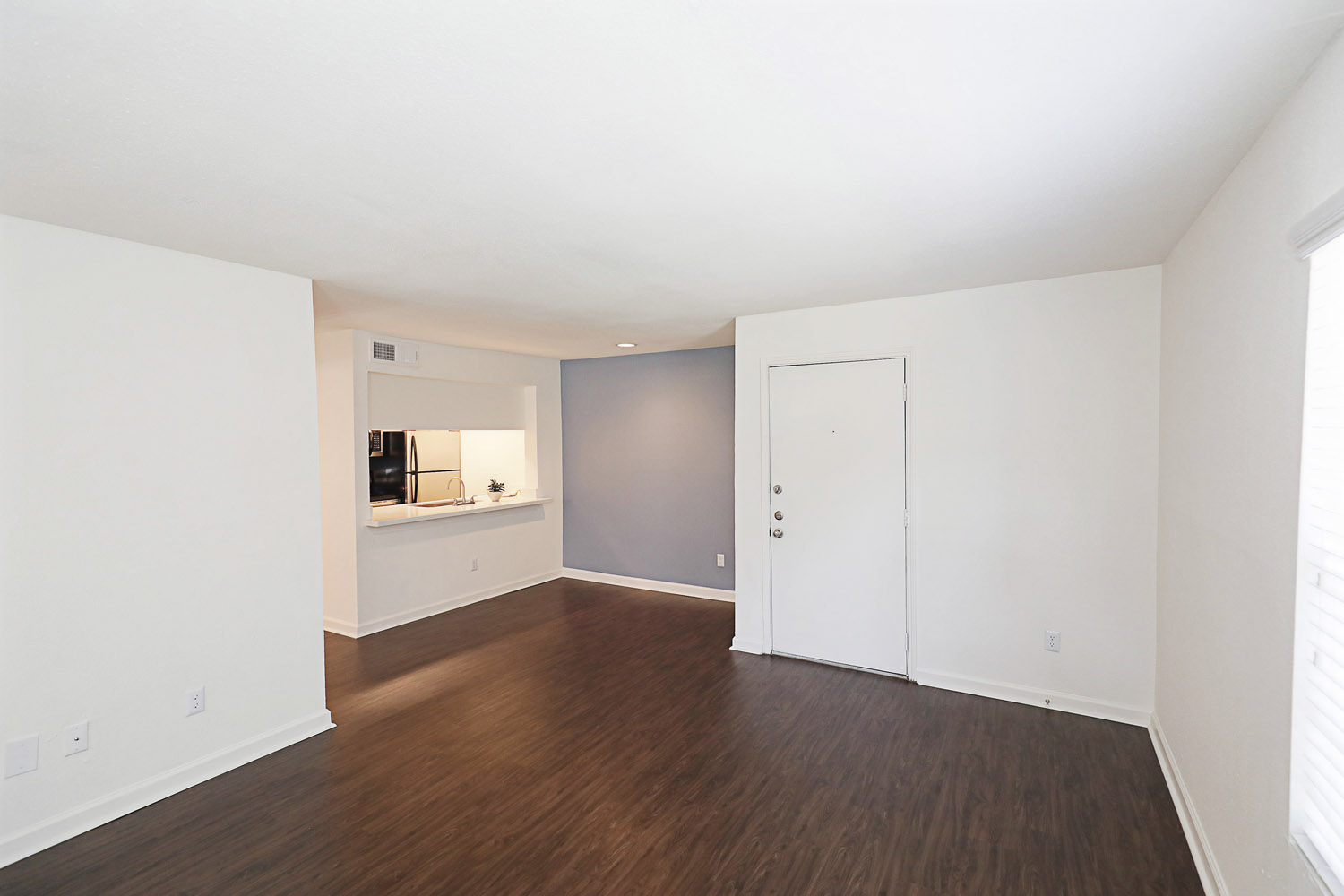 A2 Floorplan 1 Bed 1 Bath The Daphne Apartments In