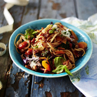 Spaghetti with Pork and Tomato Sauce.