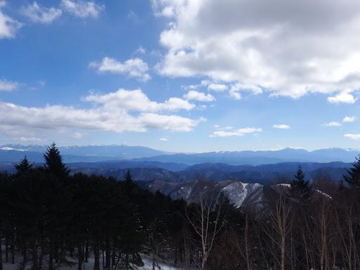 山頂からの眺め(八ヶ岳と南アルプス)