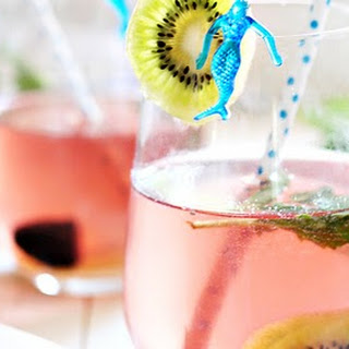 Kiwi Blackberry Sangria