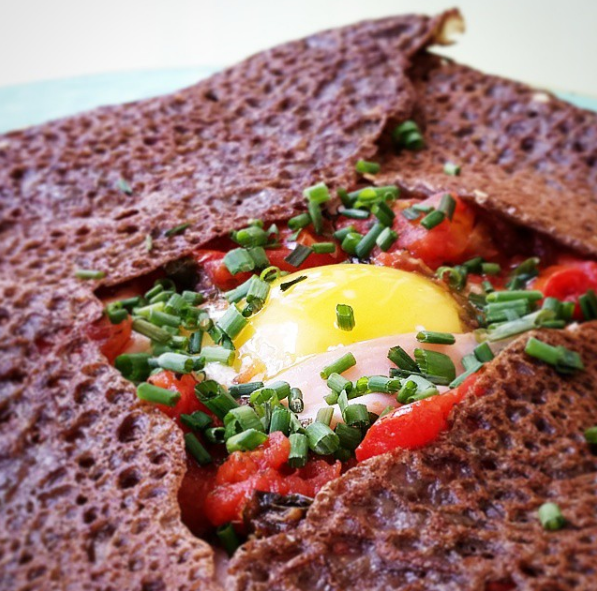 "A authentic french galette ""la complete"" with organic and gluten free buckwheat batter"