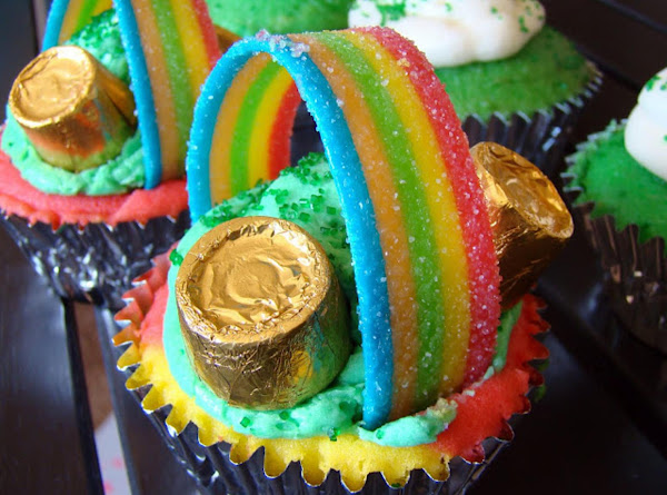 St. Patty's Over The Rainbow Cupcakes Recipe