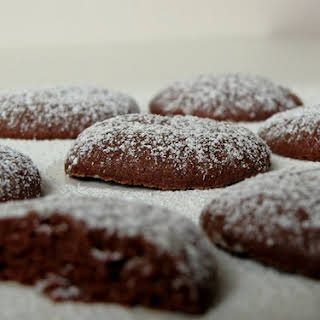 Eggless Chocolate Melting Moments.