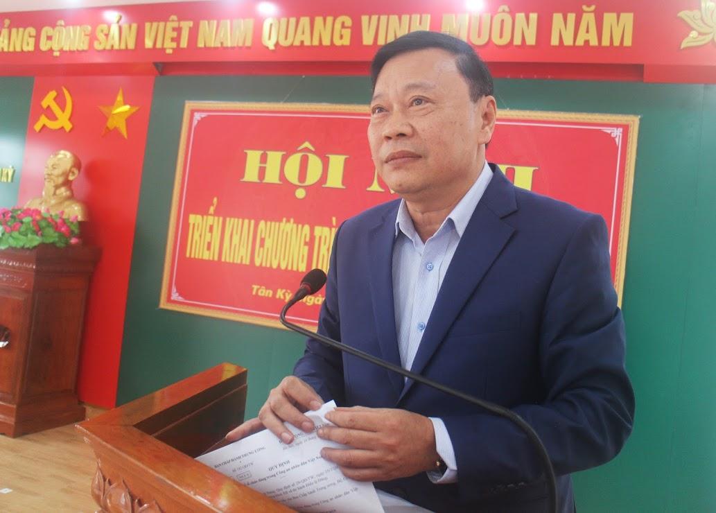 Đồng chí Bùi Thanh Bảo – Bí thư Huyện ủy Tân Kỳ phát biểu tại hội nghị