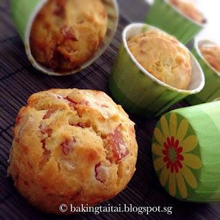 Quick & Easy Cheesy Ham Onion Muffins.
