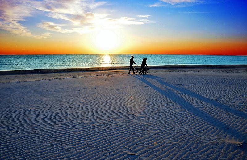 The 5 S: Shadows,sun,sea,sand and sky di Mauro My Pix