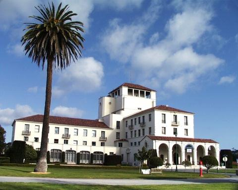 C:UsersCoeffDesktopArmy Base PicsNaval Postgraduate School Navy Base in Monterey, CAnpg2.jpg