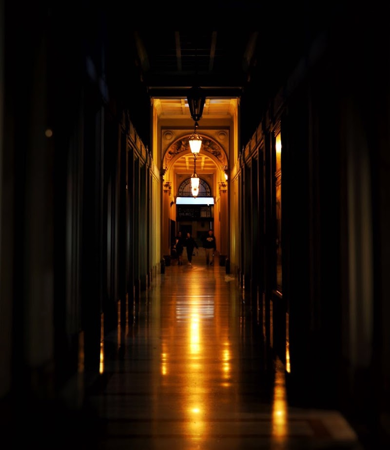 """""""...i passi si muovono incerti nel buio improvviso..."""" di martiniuvara"""
